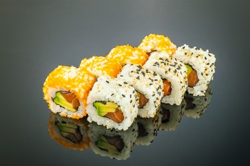 Alaska Roll (8 Stück)   mit Lachs,Avocado